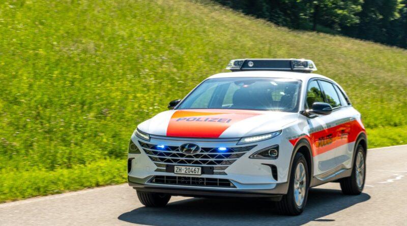 Hyundai Next som polisbil