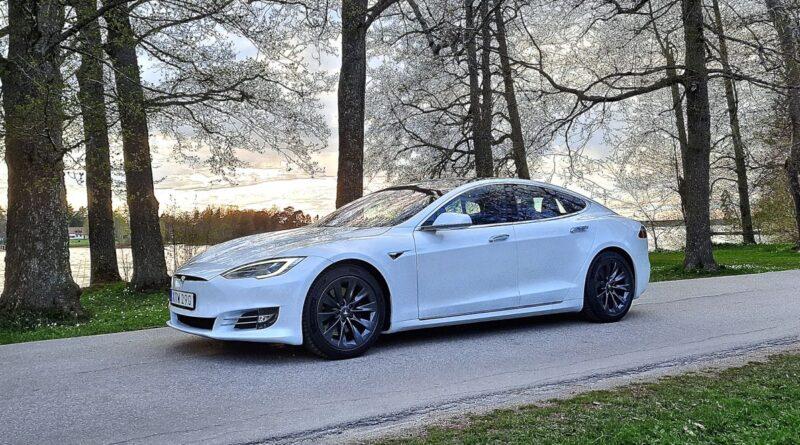 Biltest: Tesla Model S – urfadern levererar fortfarande