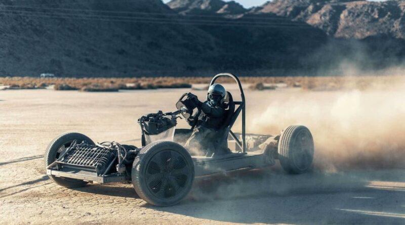 Här förvandlas Canoos elbil till en supersnabb gokart