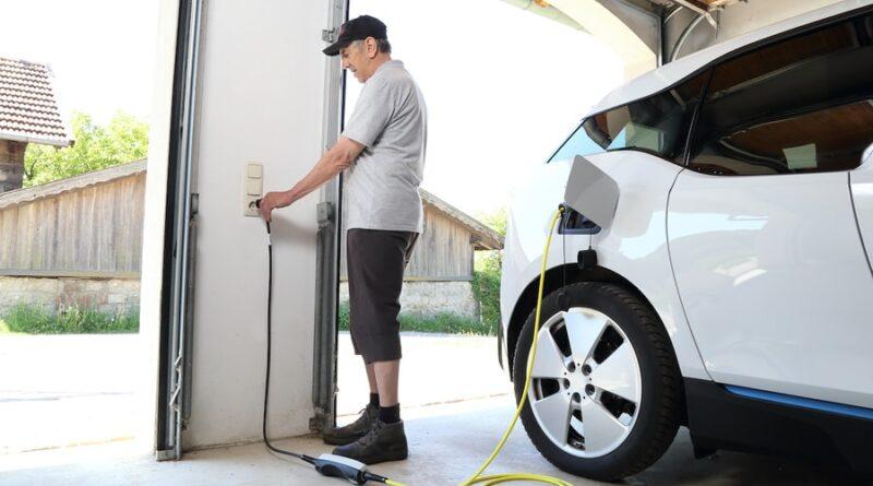 Se upp för farorna med elbils-laddning