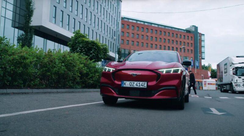Inför lanseringen: Ford specialanpassar Mustang Mach-E för svenska vägar