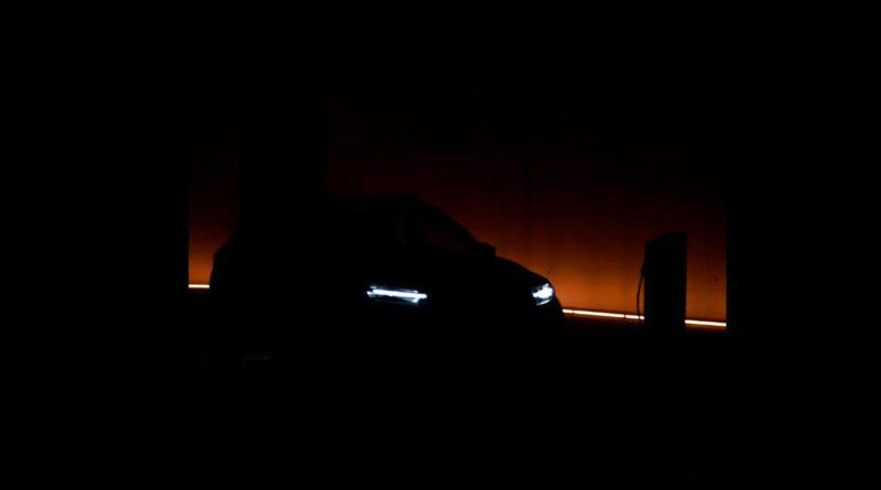 Teaser på två nya elbilar: Renaults elsuv och lågpriselbilen Dacia Spring