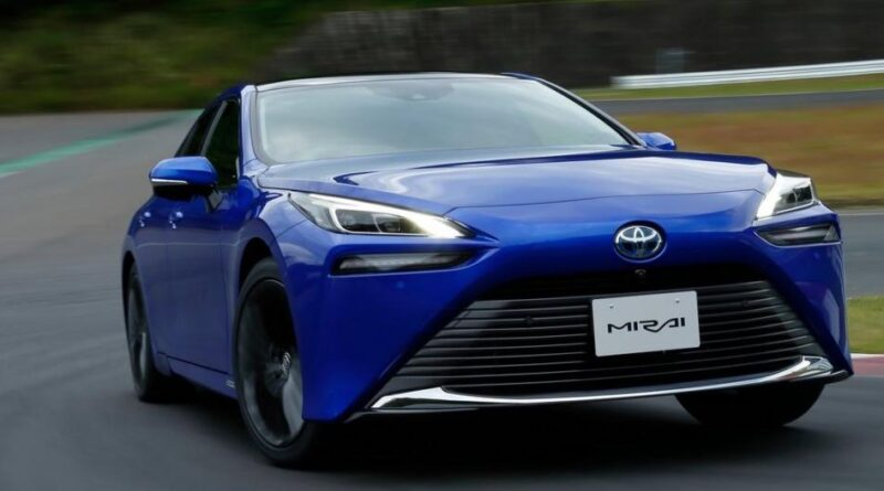 """Toyota Mirai till Sverige nästa år: """"Det blir en minusutsläppsbil"""""""