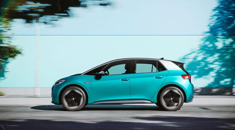 November tar tredjeplatsen för flest nya elbilar på en månad – Volkswagen ID.3 dominerar