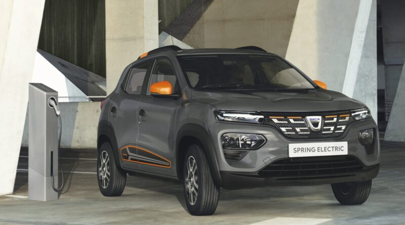 Franska stormarknadskedjan E. Leclerc i samarbete med Renault och Dacia för köp av 4000 elbilar